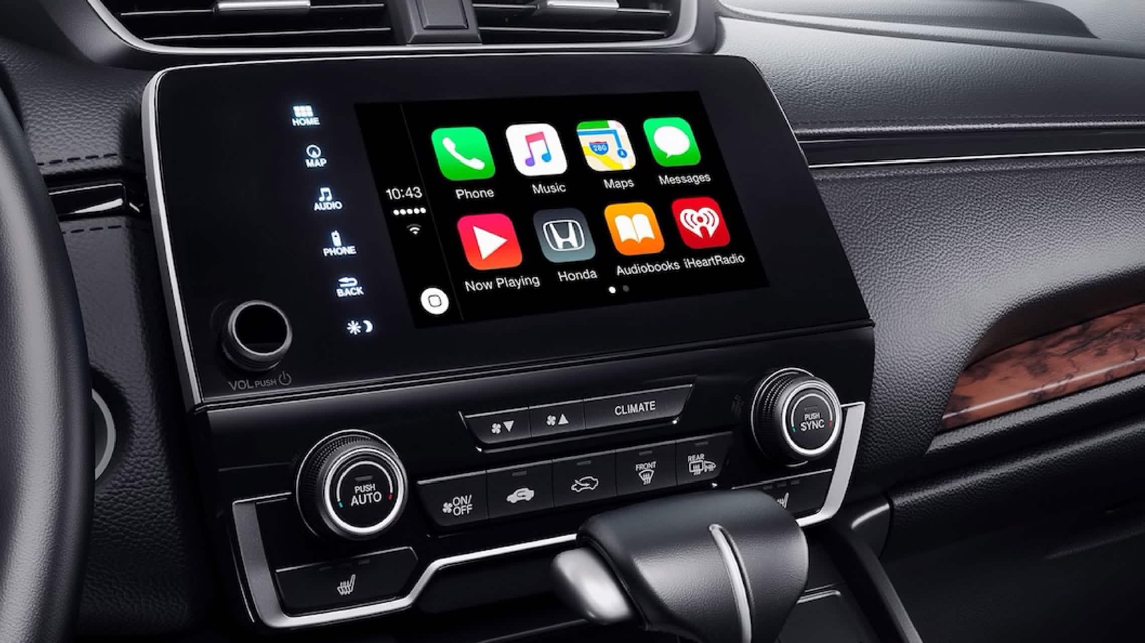 Sistema de audio en pantalla táctil con menú de integración con Apple CarPlay® en la Honda CR-V2019.