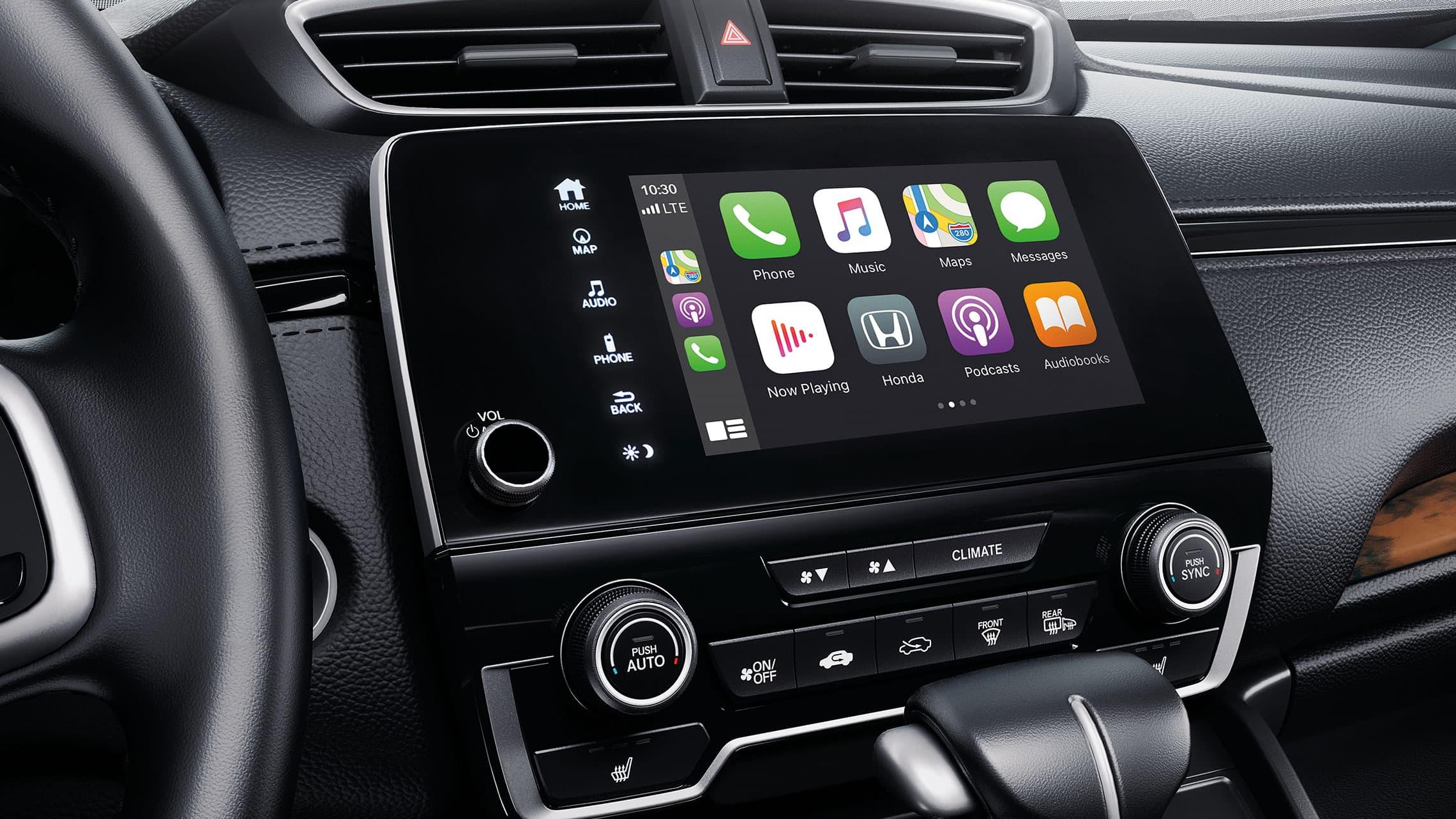 Detalle del menú de integración con Apple CarPlay® en el sistema de audio en pantalla táctil en la Honda CR-V2021.
