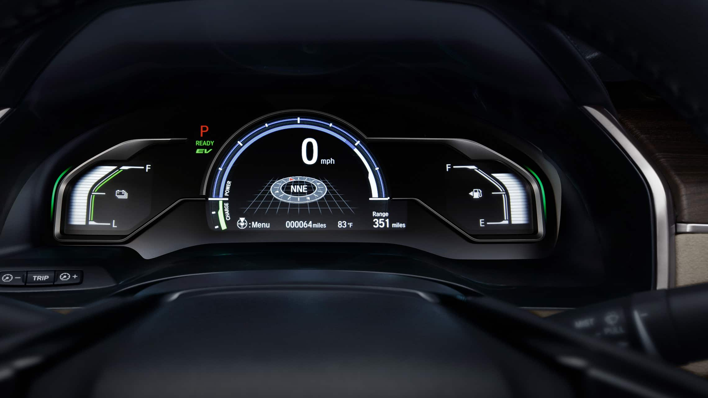 Detalle de la interfaz digital de información para el conductor en el Clarity Plug-In Hybrid 2021.
